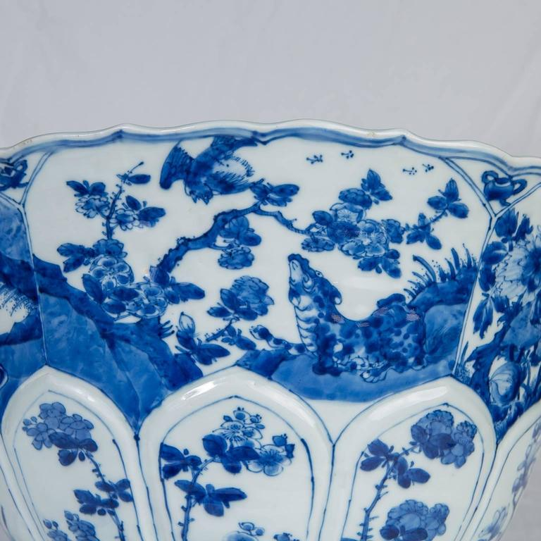 Chinese Blue and White Porcelain Bowl Antique  For Sale 2
