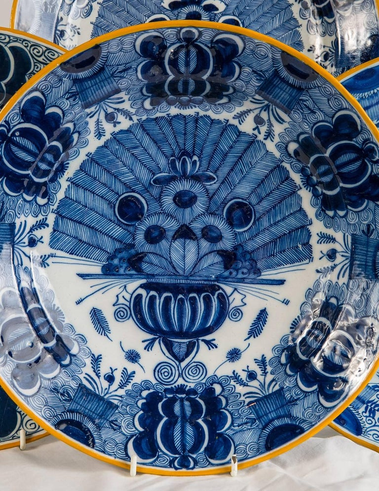 Platten Blau und weiß Delfter Gruppe von einem Dutzend 2