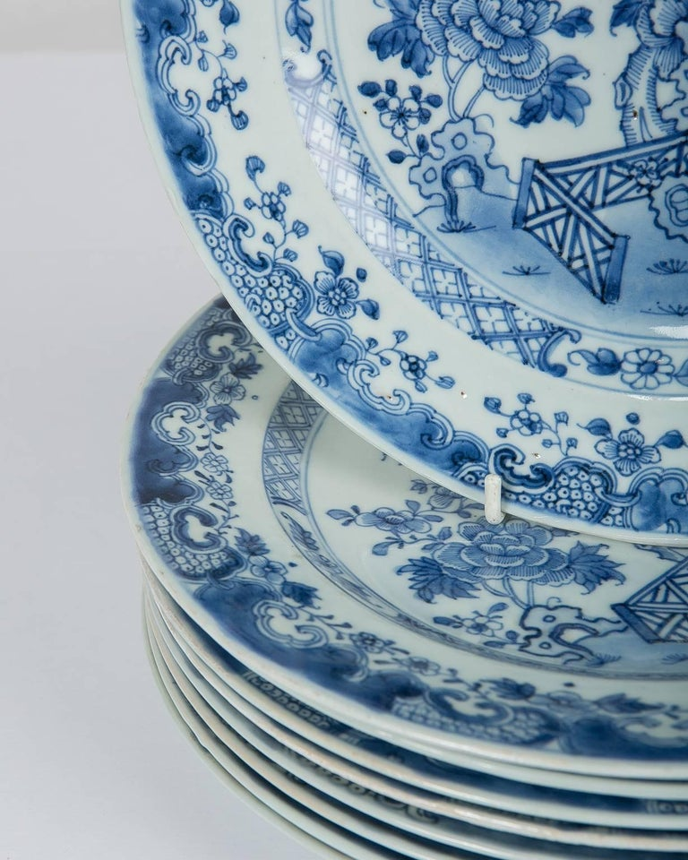 Qing Blue and White Chinese Export Plates a Set of Ten For Sale