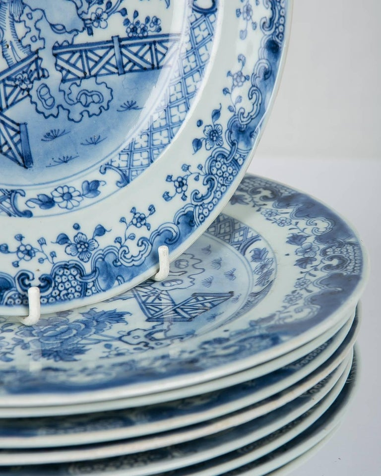 Blue and White Chinese Export Plates a Set of Ten For Sale 2