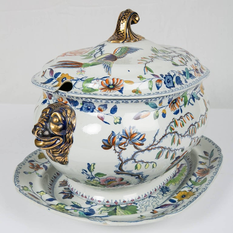 Chinoiserie Antique Soup Tureen Flying Bird Pattern For Sale