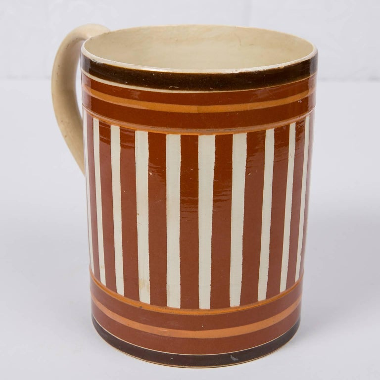 Antique Creamware Mochaware Mug with Stripes In Excellent Condition For Sale In New York, NY