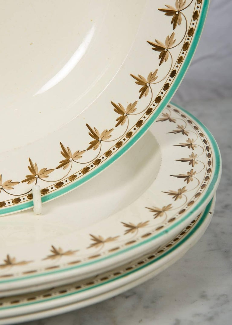 Wedgwood Creamware Soup Dishes from 18th Century, Set of 11 In Excellent Condition For Sale In New York, NY