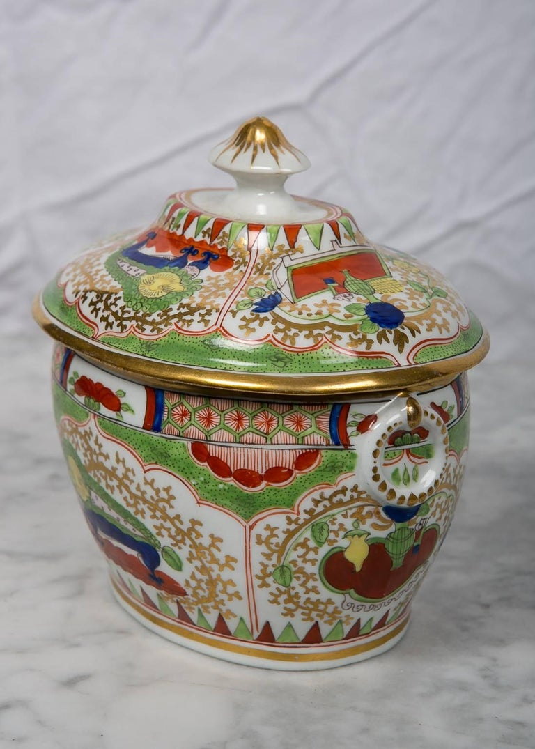 Qing Antique Sugar Box Made by Chamberlains Worcester Bengal Tiger Pattern For Sale