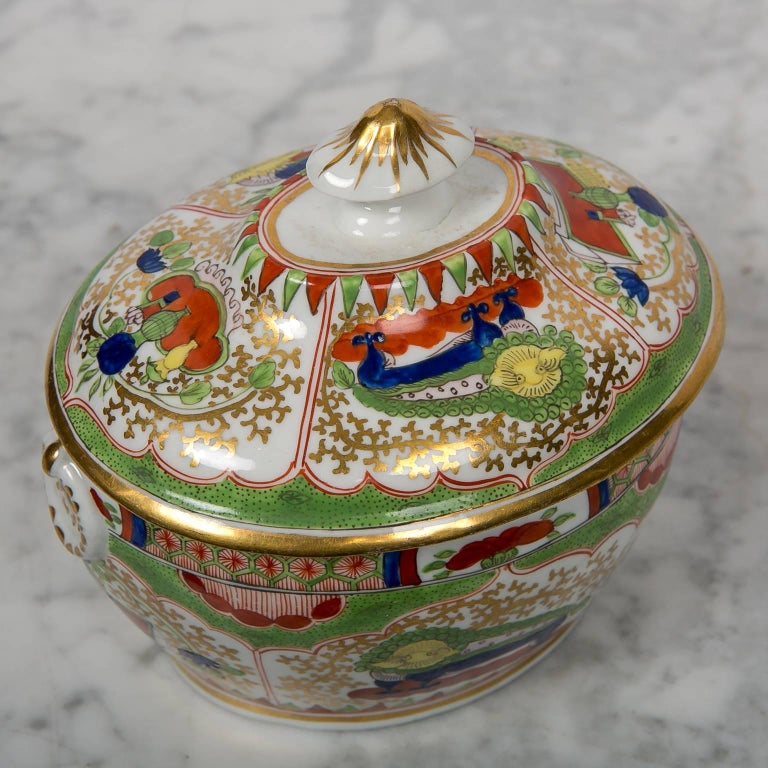 Antique Sugar Box Made by Chamberlains Worcester Bengal Tiger Pattern In Excellent Condition For Sale In New York, NY