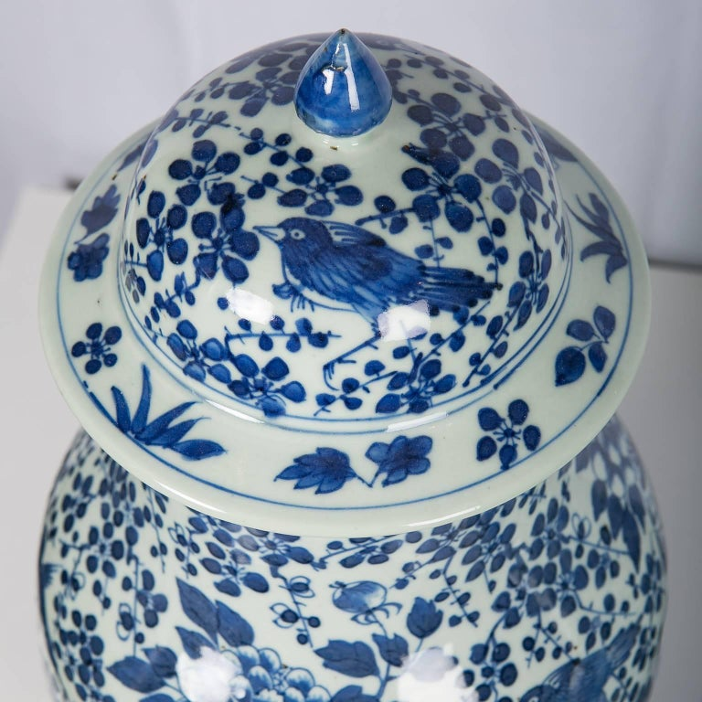 Qing Antique Chinese Blue and White Covered Jars with Boys For Sale