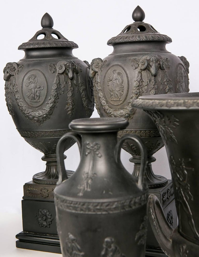 Collection Wedgwood Black Basalt Vases In Excellent Condition For Sale In New York, NY