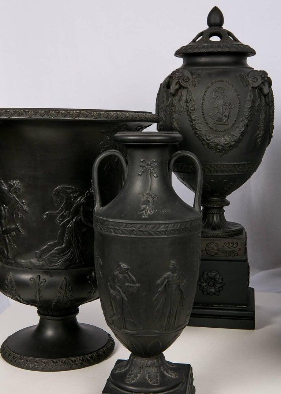 Collection Wedgwood Black Basalt Vases For Sale 2