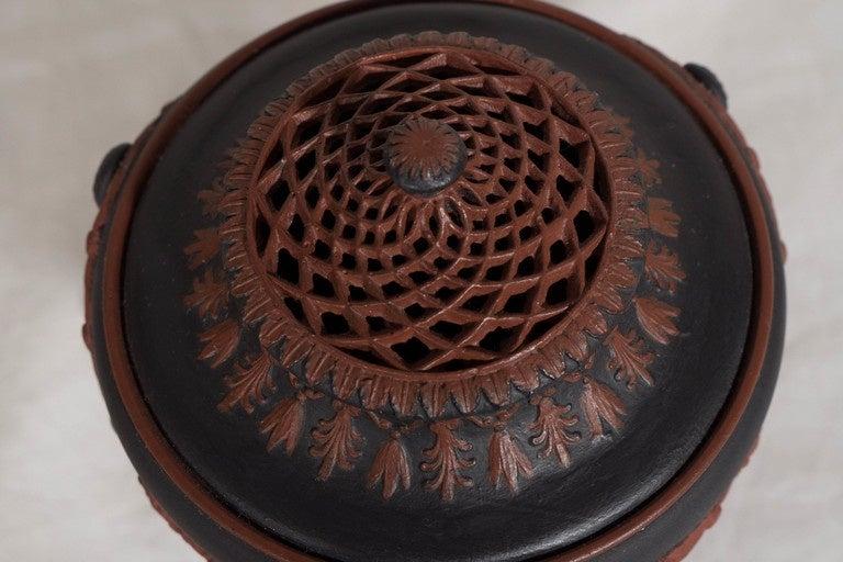 Neoclassical  Wedgwood Egyptian Revival Black Basalt & Rosso Antico Incense Burner circa 1820 For Sale