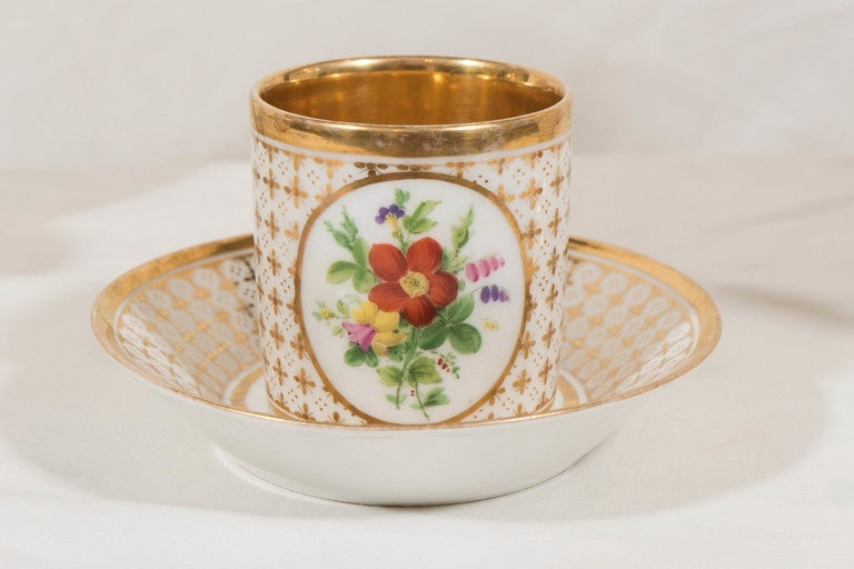 French Demitasse Set Antique Paris Porcelain Made in France circa 1830 For Sale