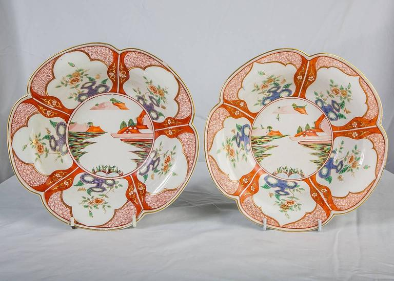 We are pleased to offer this exquisite pair of hand-painted porcelain bowls made by Derby Porcelain in mid-18th century England, circa 1765, which was only ten years after the start of the Derby factory under the control of William Duesbury. The