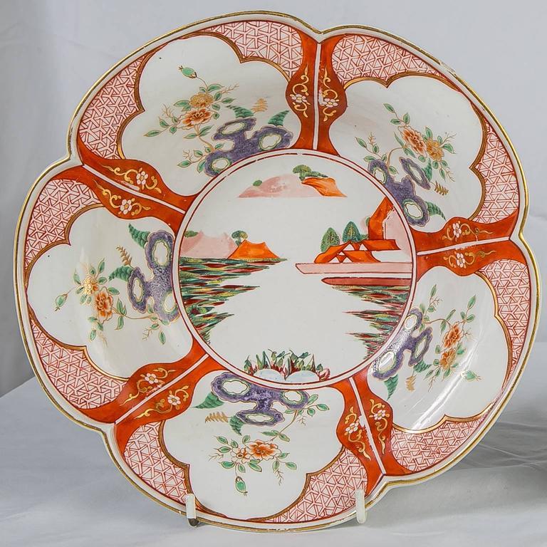 Paar Porzellanschalen mit Chinoiserie-Dekoration aus dem 18. Jahrhundert 4