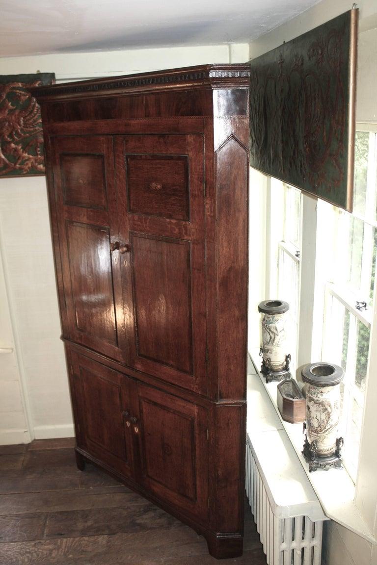 18th Century Scottish George III Period Corner Cupboard For Sale