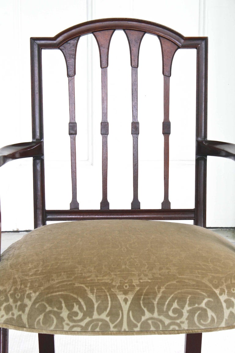 19th Century EIGHT American Hepplewhite Revival Dining Chairs For Sale
