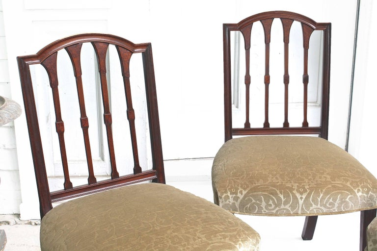 EIGHT American Hepplewhite Revival Dining Chairs For Sale 3