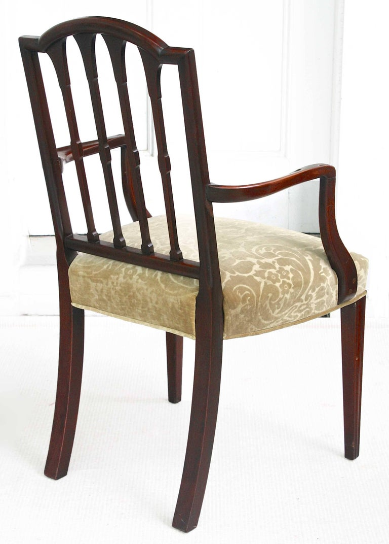 EIGHT American Hepplewhite Revival Dining Chairs For Sale 4