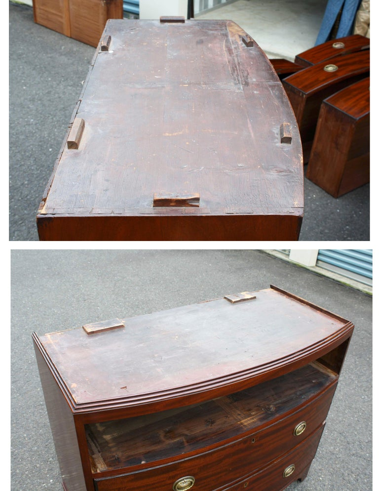 Georgian Domed Pediment Bowfront Chest on Chest For Sale 4