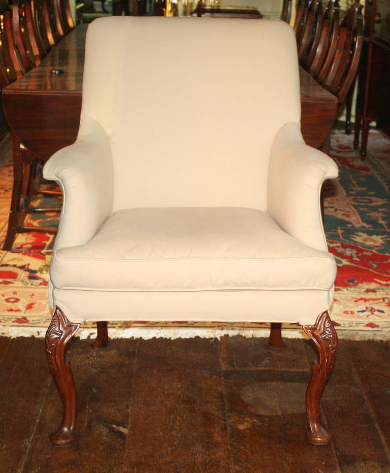 English George II Walnut-Leg Armchair For Sale