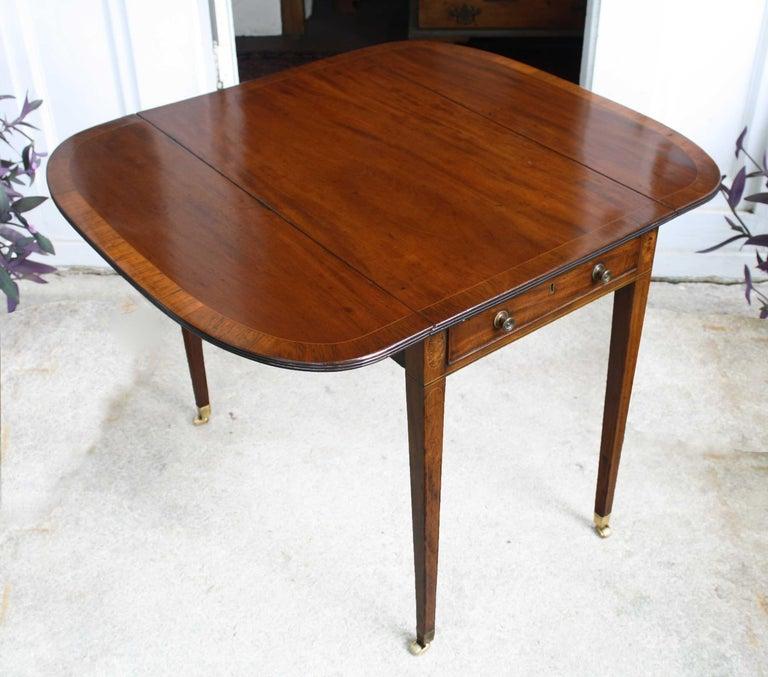 Hepplewhite George III Pembroke Table For Sale