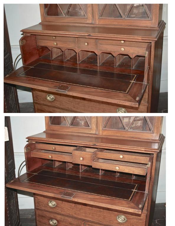 Late 18th Century Maryland Hepplewhite Secretary Bookcase For Sale