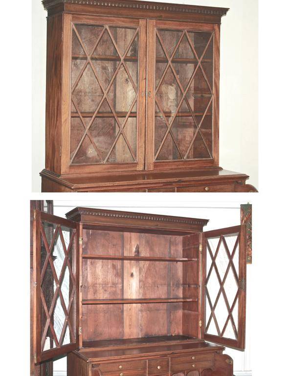 Maryland Hepplewhite Secretary Bookcase In Good Condition For Sale In Woodbury, CT