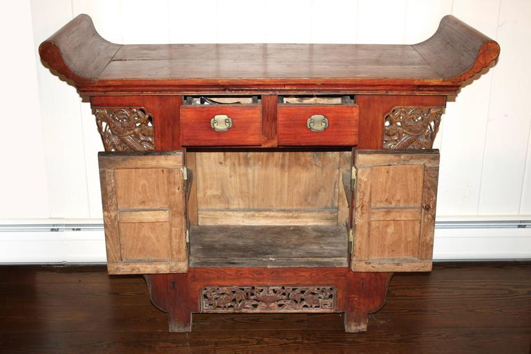 Chinese Tongzhi Altar Cabinet In Distressed Condition For Sale In Woodbury, CT