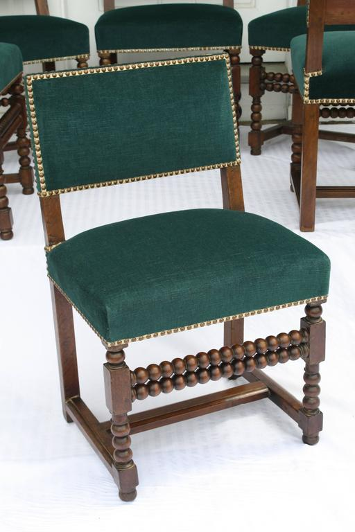 SIX Louis XIII Dining Chairs In Good Condition For Sale In Woodbury, CT