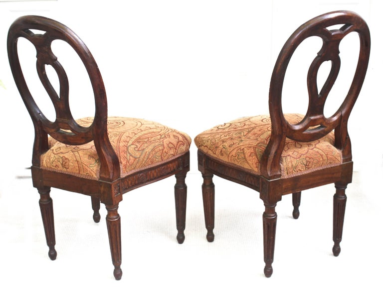 Hand-Crafted Pair of Italian Neoclassical Walnut Side Chairs For Sale