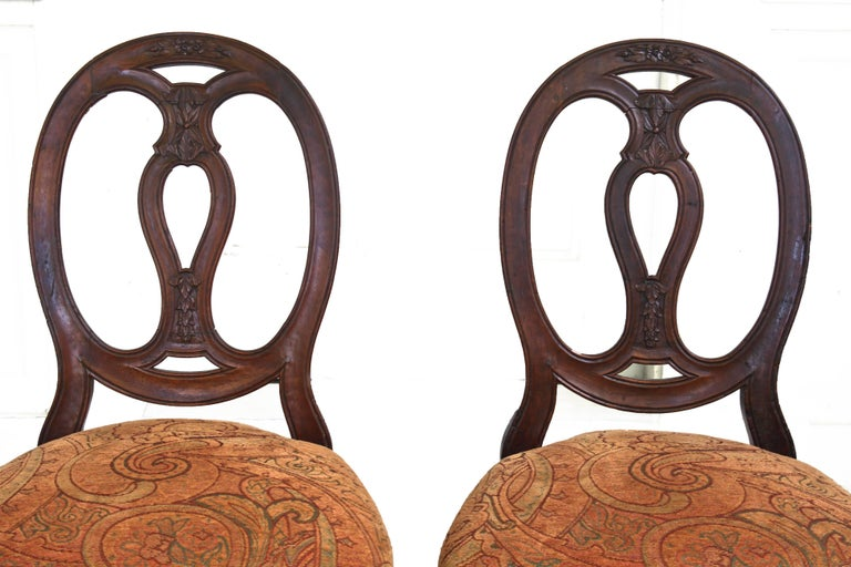 Pair of Italian Neoclassical Walnut Side Chairs In Good Condition For Sale In Woodbury, CT