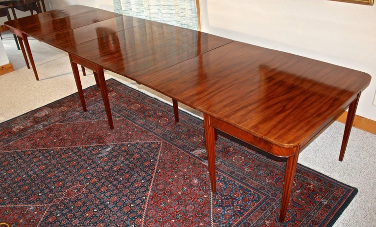 Hepplewhite American Centennial Mahogany Banquet Table For Sale