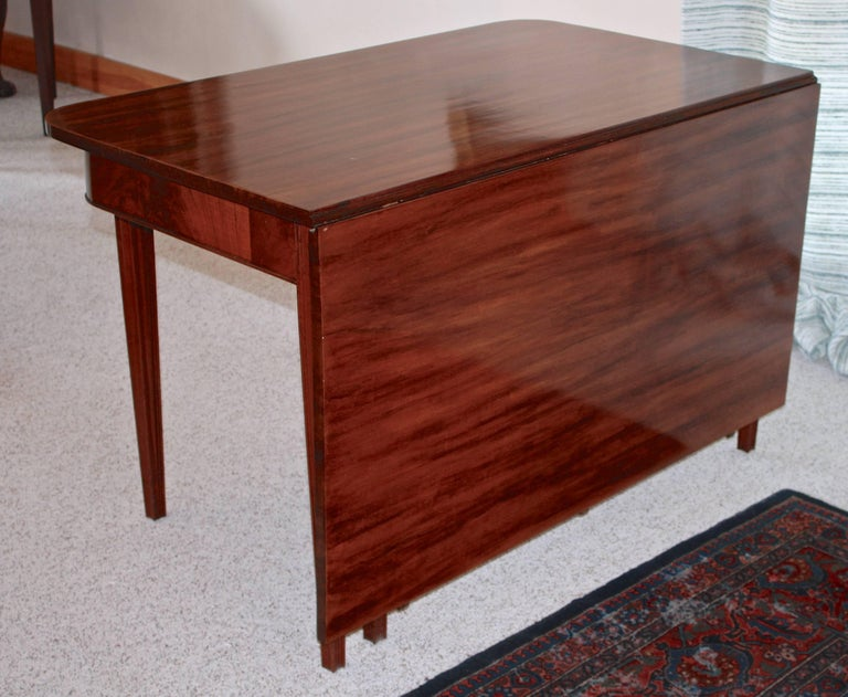 19th Century American Centennial Mahogany Banquet Table For Sale