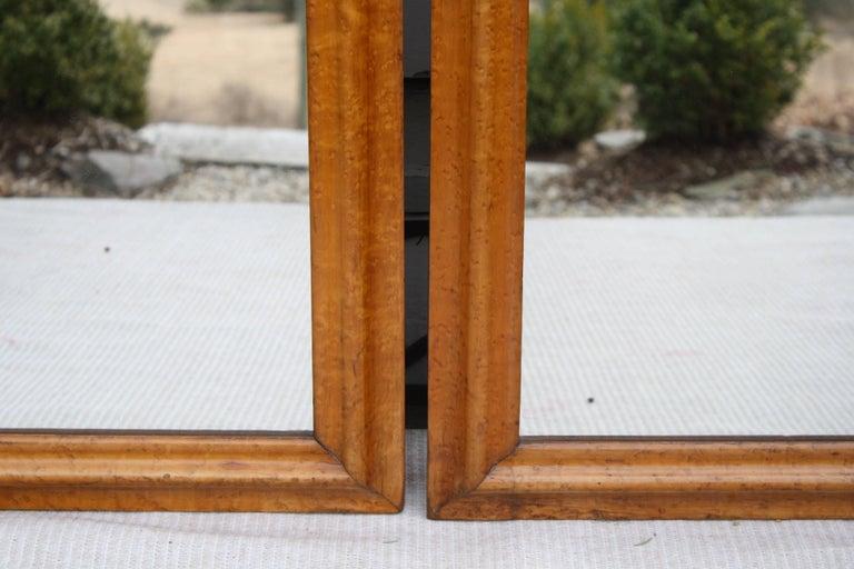 Veneer Pair of Colonial Revival Birdseye Maple Mirrors For Sale