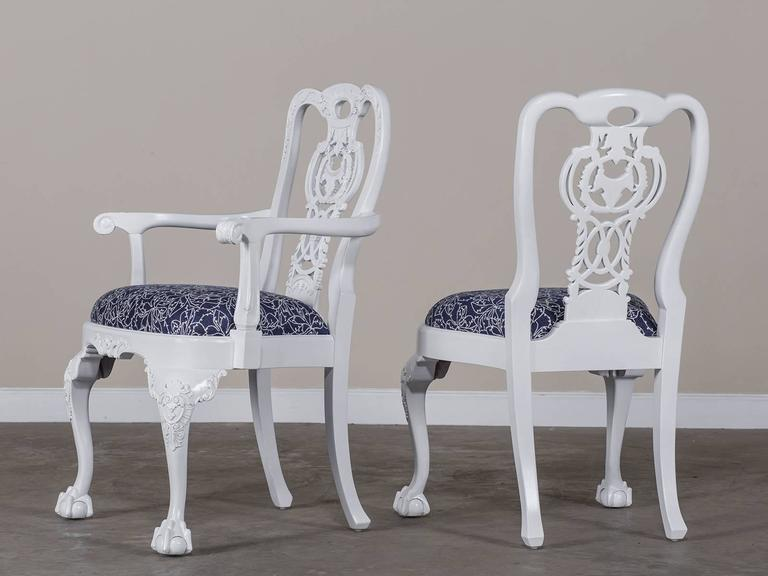 Superbe English Set Eight George III Chippendale Style Painted Dining Chairs,  Custom, England For Sale