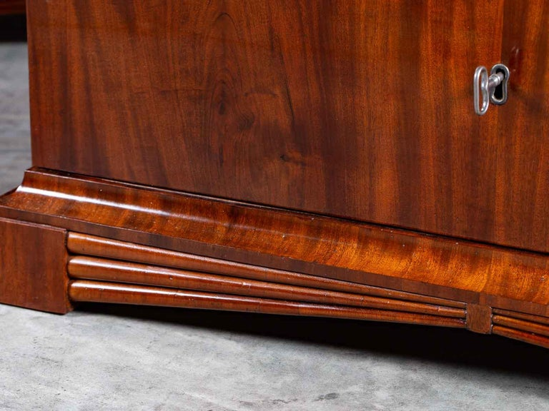 Pair of Biedermeier Period North German Mahogany Chest of Drawers, circa 1820 For Sale 4