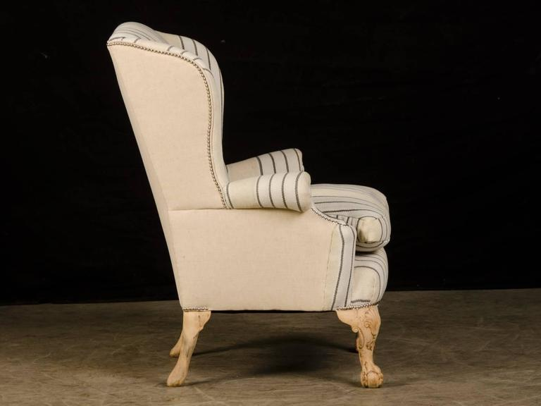 Chippendale Style Pale Mahogany Antique English Wing Chair, circa 1880 In Excellent Condition For Sale In Houston, TX