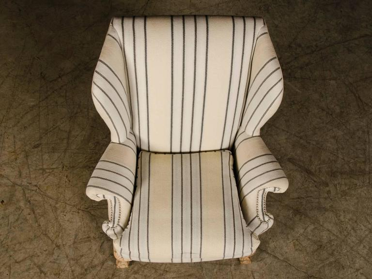 Chippendale Style Pale Mahogany Antique English Wing Chair, circa 1880 For Sale 3