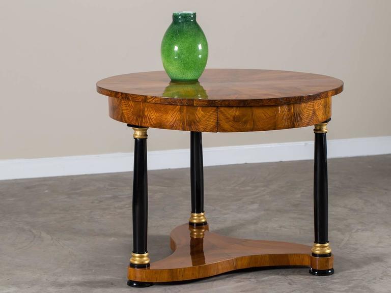biedermeier period antique german walnut table berlin circa 1825 for sale at 1stdibs. Black Bedroom Furniture Sets. Home Design Ideas