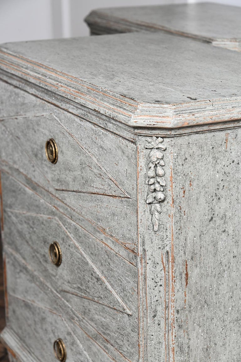 Pair of Swedish Gustavian Chests For Sale 3