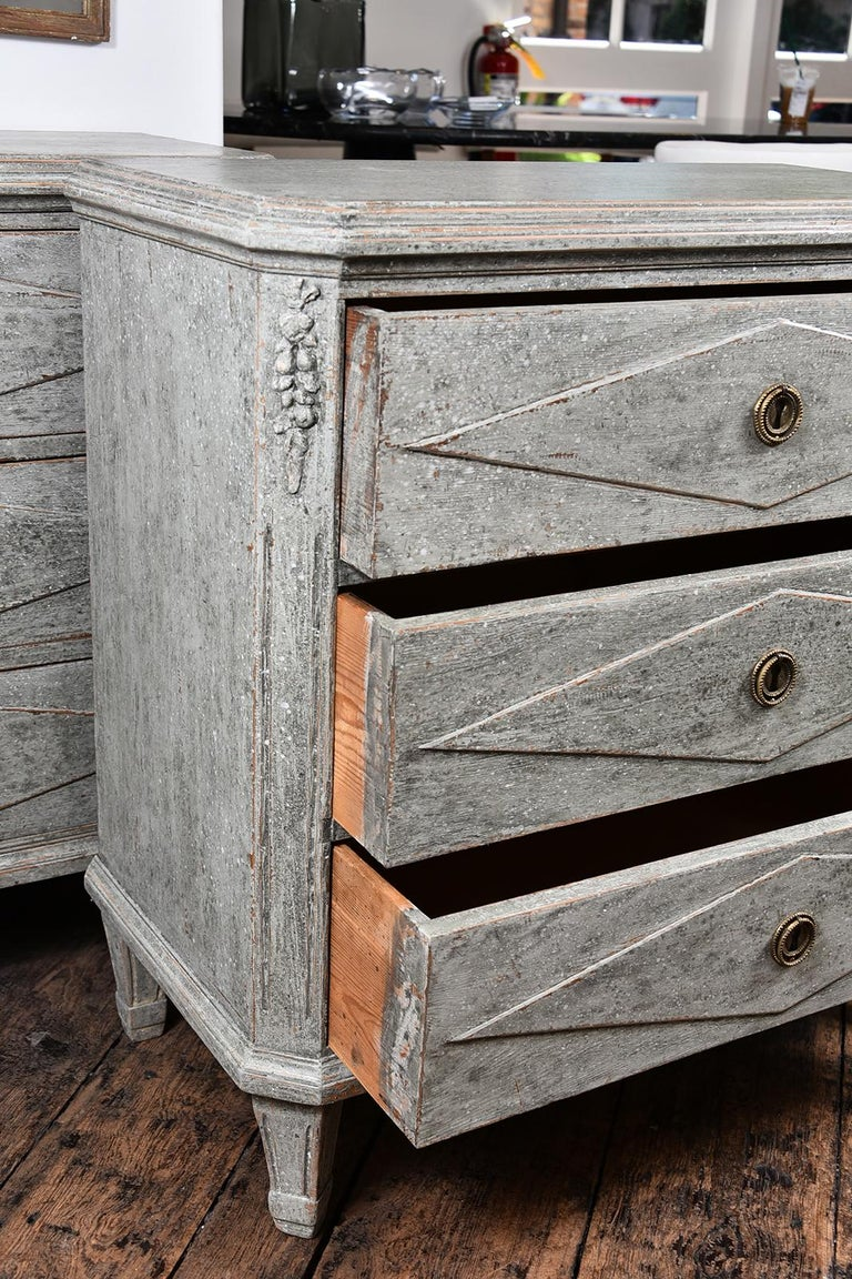 Pair of Swedish Gustavian Chests For Sale 4