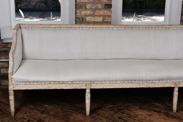 Swedish Gustavian Sofa In Good Condition For Sale In Houston, TX