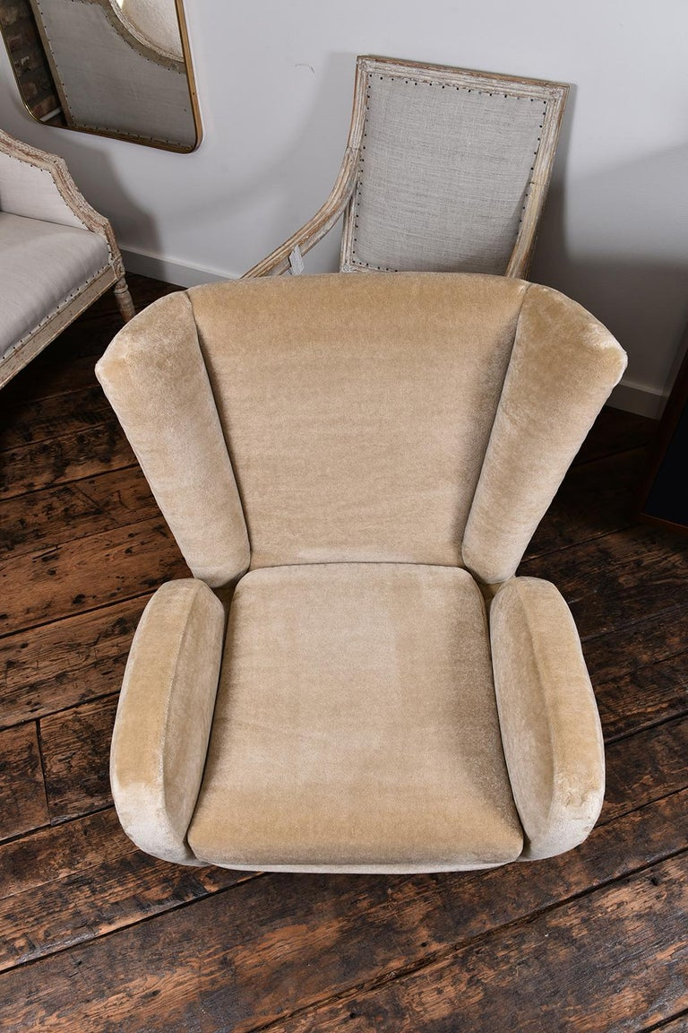 Pair of 1930s Scandinavian Club Chairs For Sale 4