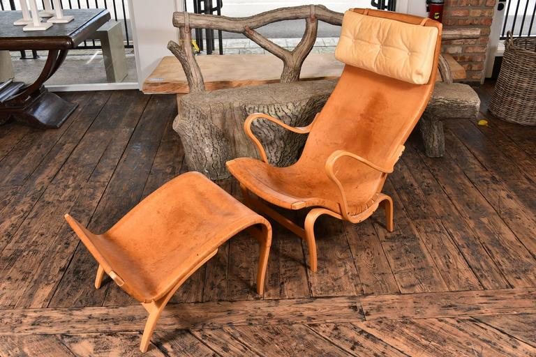 Pair of Bruno Mathsson Pernilla Chairs with Ottomans In Good Condition For Sale In Houston, TX