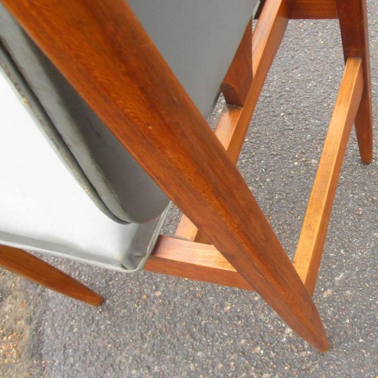Mid-Century Modern Vintage Six '6' Italian Dining Chairs   For Sale