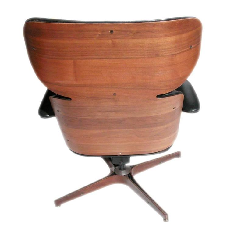 George Mulhauser Leather Plycraft Lounge Chair For Sale at 1stdibs
