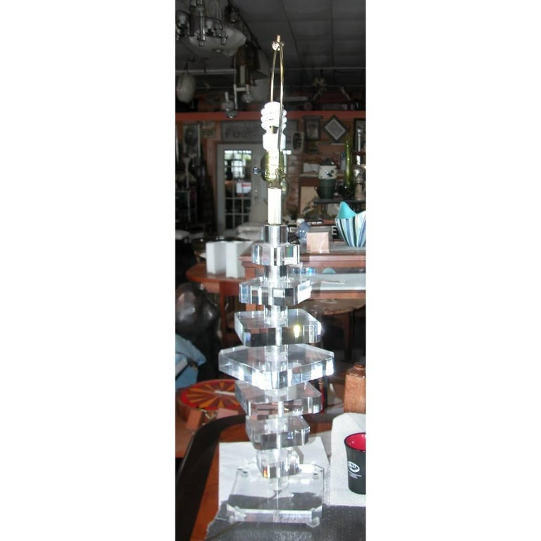 Karl Springer Style Modern Stacked Lucite Table Lamp 'MR15256' 3