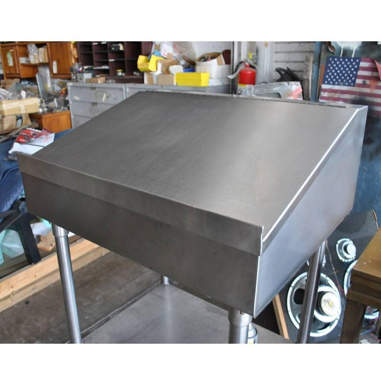Industrial Factory Stainless Steel Standing Desk For Sale 1