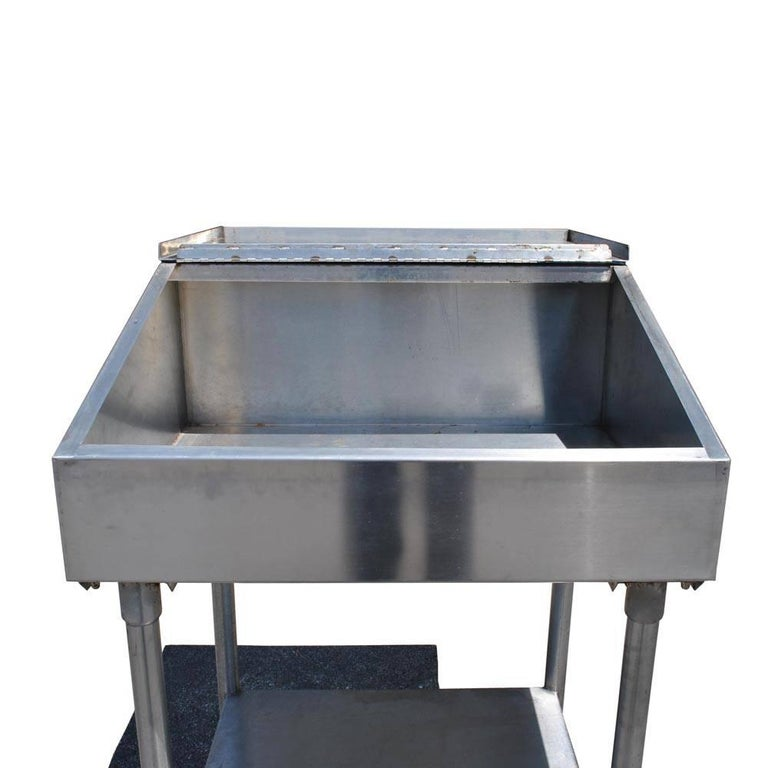 Industrial Factory Stainless Steel Standing Desk In Good Condition For Sale In Pasadena, TX