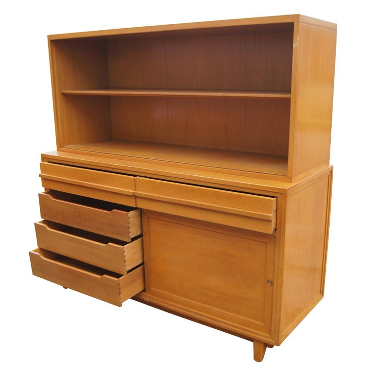American Vintage Mahogany Breakfront Four Shelves For Sale