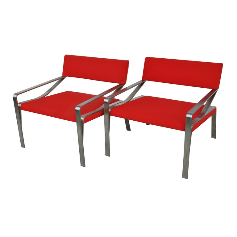 Pair of Mid-Century Modern Lounge Chairs by Bernhardt