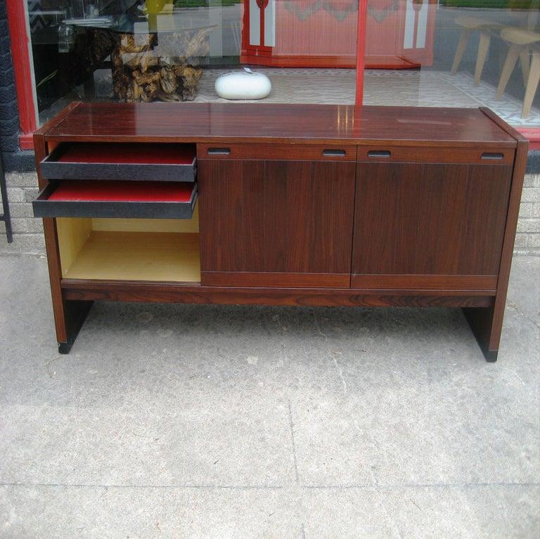 Vintage Mid-Century Modern Dyrlund / Drylund Rosewood Credenza For Sale 1